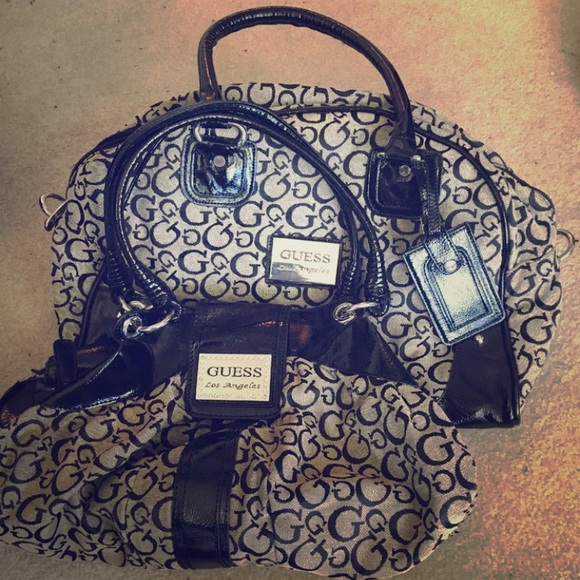 Guess Handbags - Guess overnight bag with matching purse ae0655ef00197